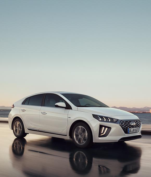 IONIQ PHEV | Plug-in Hybrid Cars | Hyundai UK
